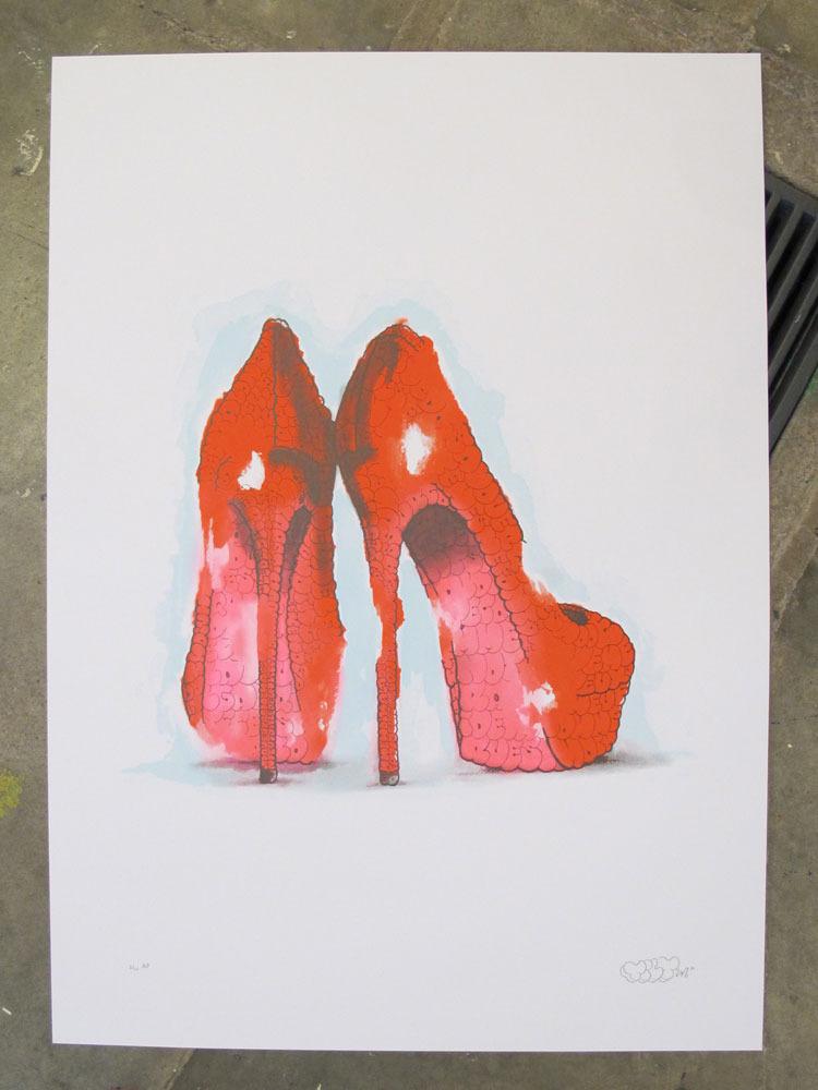 tilt heels red