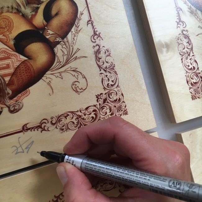 handiedan_prints_on_wood